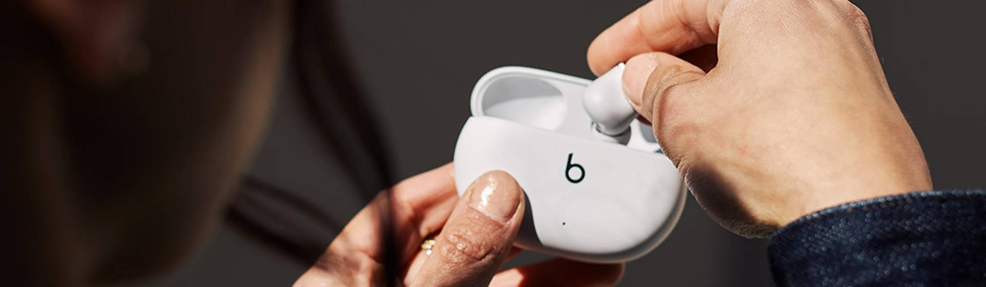 Beats Studio Buds vale a pena? Tudo sobre o fone sem fio