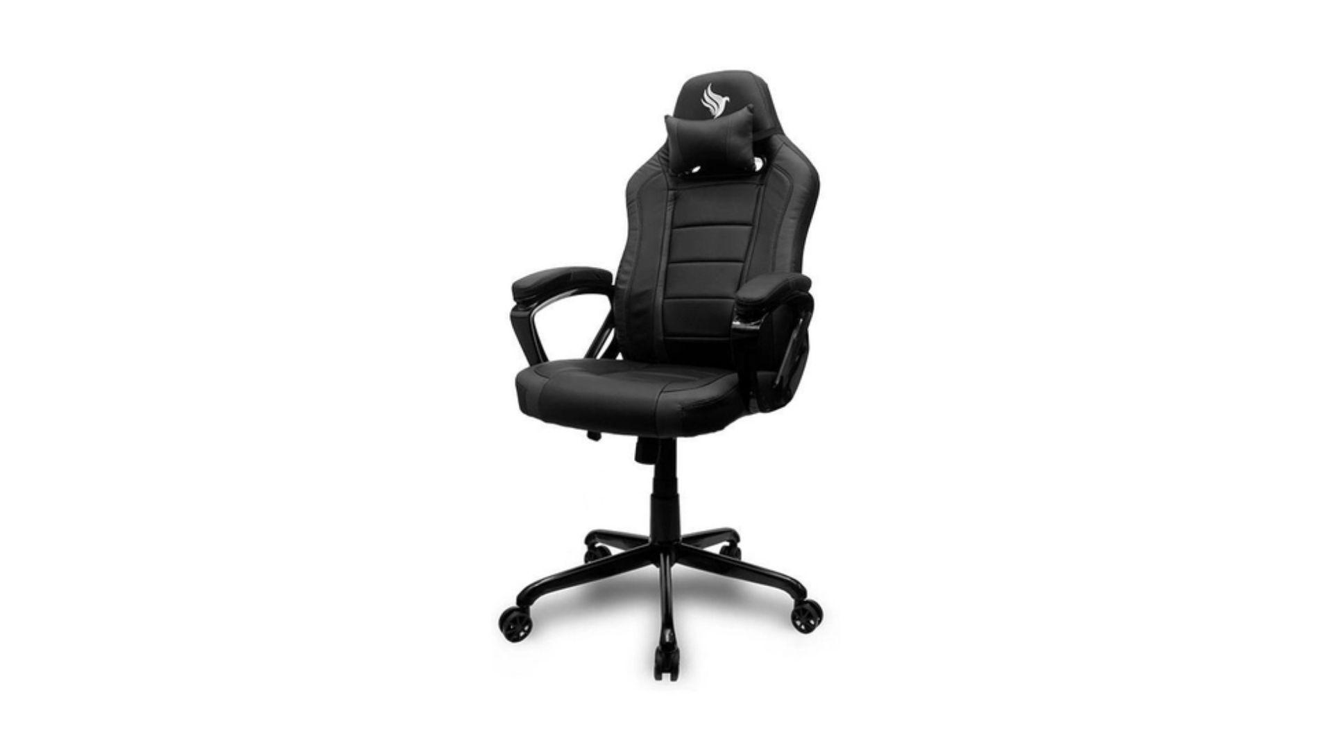 Cadeira Gamer Pichau Gaming Mooke preta no fundo branco