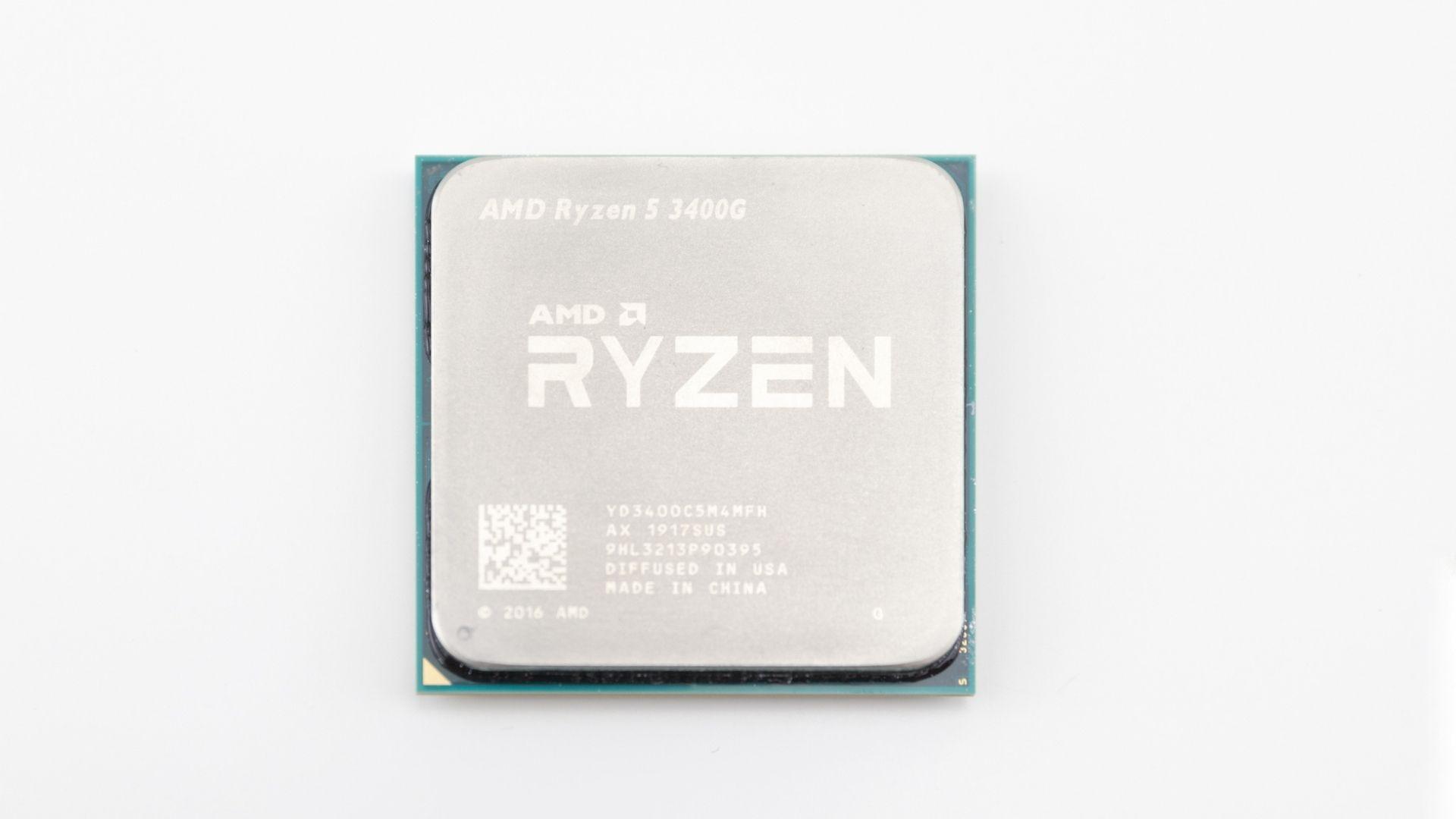 Processador Ryzen 5 3400G no fundo branco