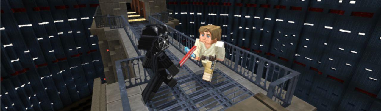 Cena de jogo Minecraft com skins de Star Wars dos personagens Luke Skywalker e Darth Vader se enfrentando