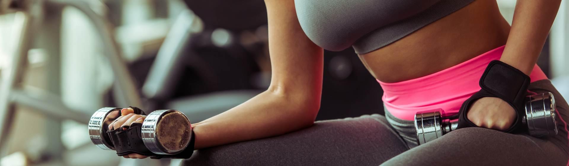 Musculação emagrece? Veja como o exercício pode ajudar no emagrecimento