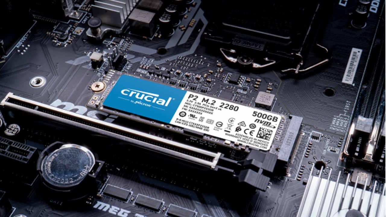 SSD Crucial P2 1TB fixado no computador