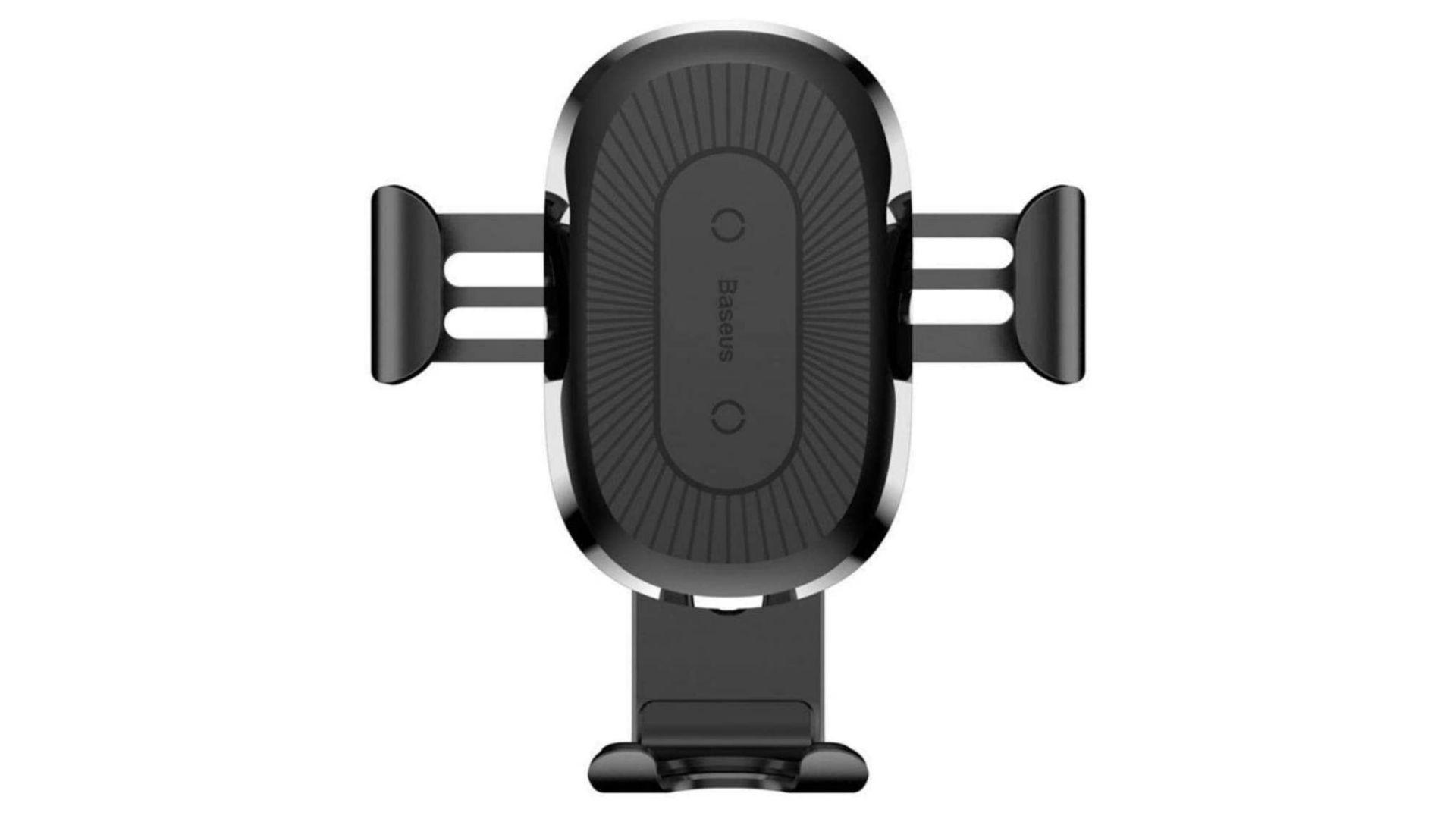 Suporte de celular para carro na cor preta em fundo branco com dizeres Baseus no meio