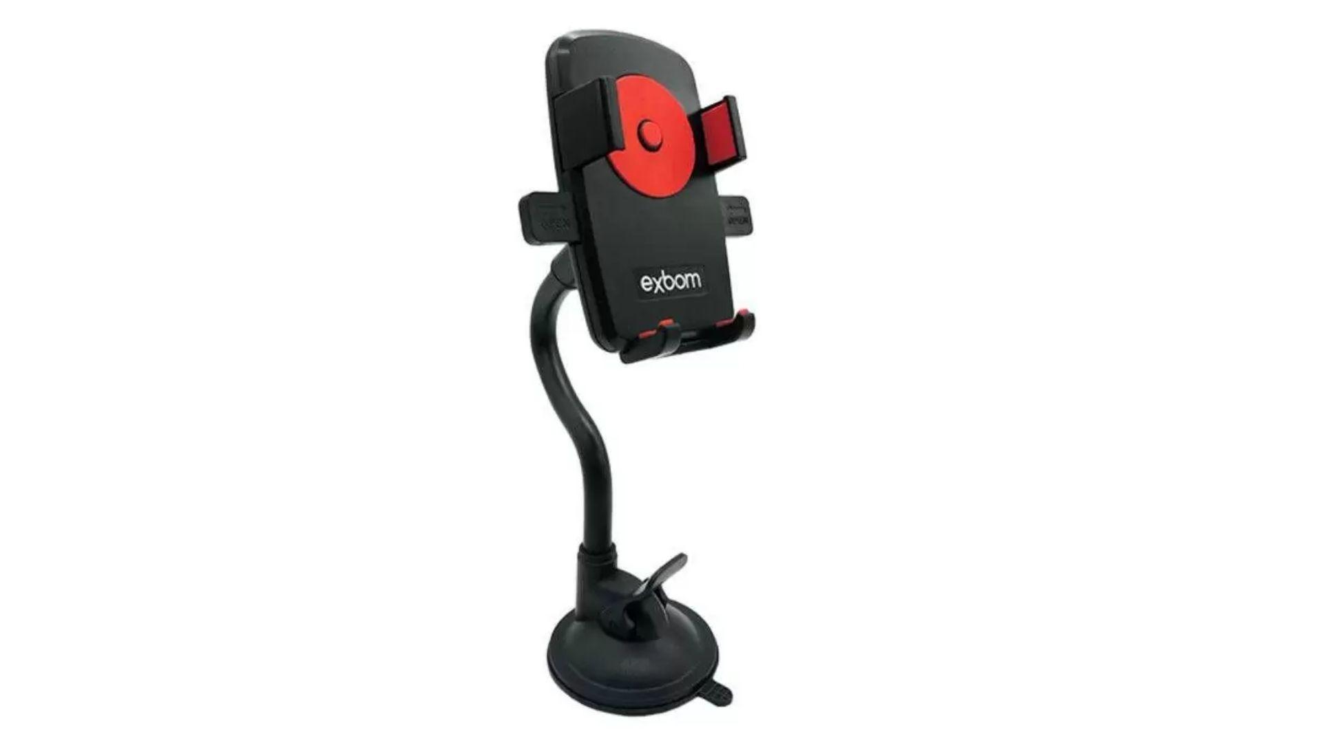 Suporte de celular para carro na cor preta com detalhe em vermelho no meio e em fundo branco