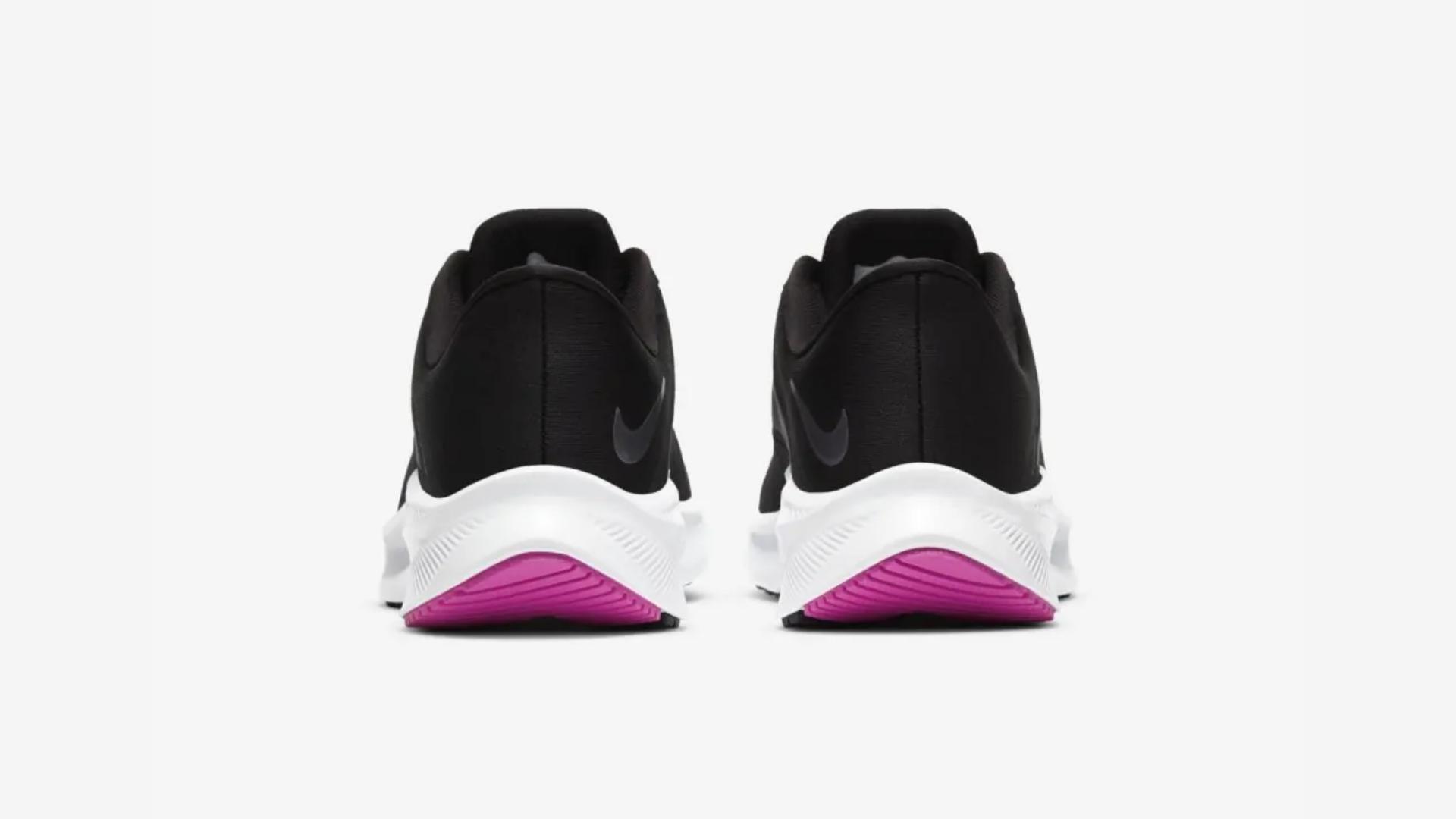 A região do calcanhar é maior que a parte da frente do Nike Quest 3 para garantir conforto (Imagem: Divulgação/Nike)