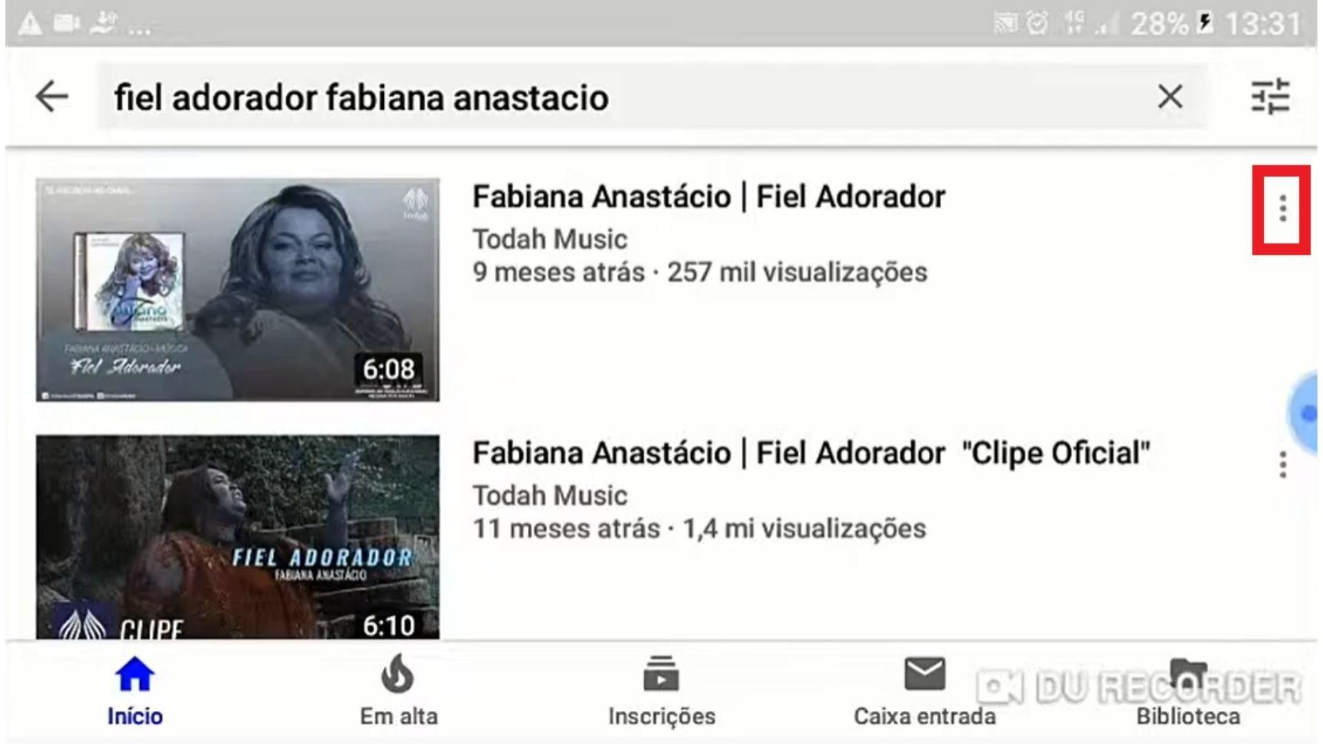 Tela de busca do YouTube com vídeos da Fabiana Anastácio em destaque