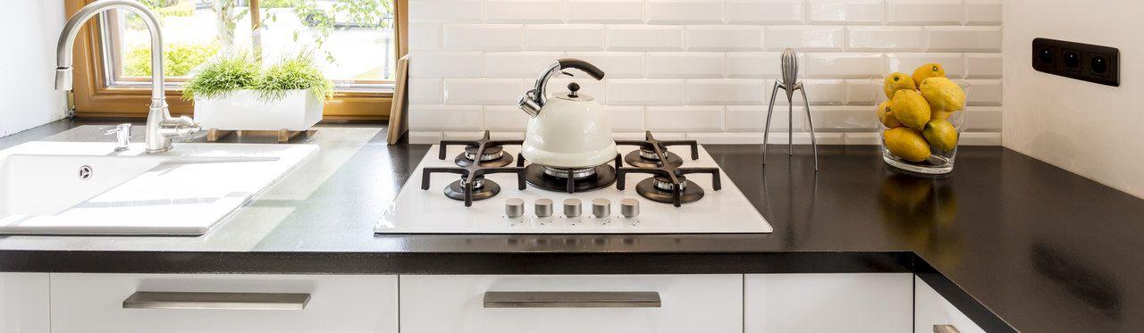 Balcão para cooktop: veja modelos de 5 e 4 bocas