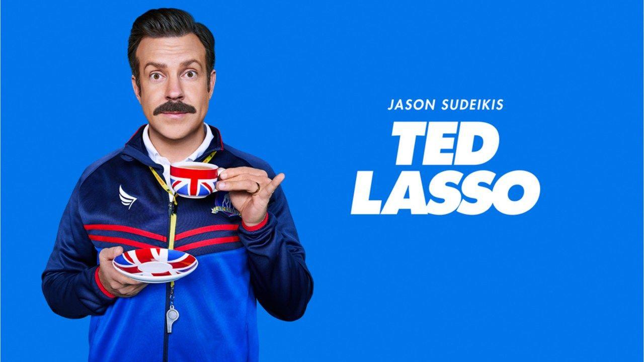 Foto de capa da série Ted Lasso no catálogo do Apple TV Plus