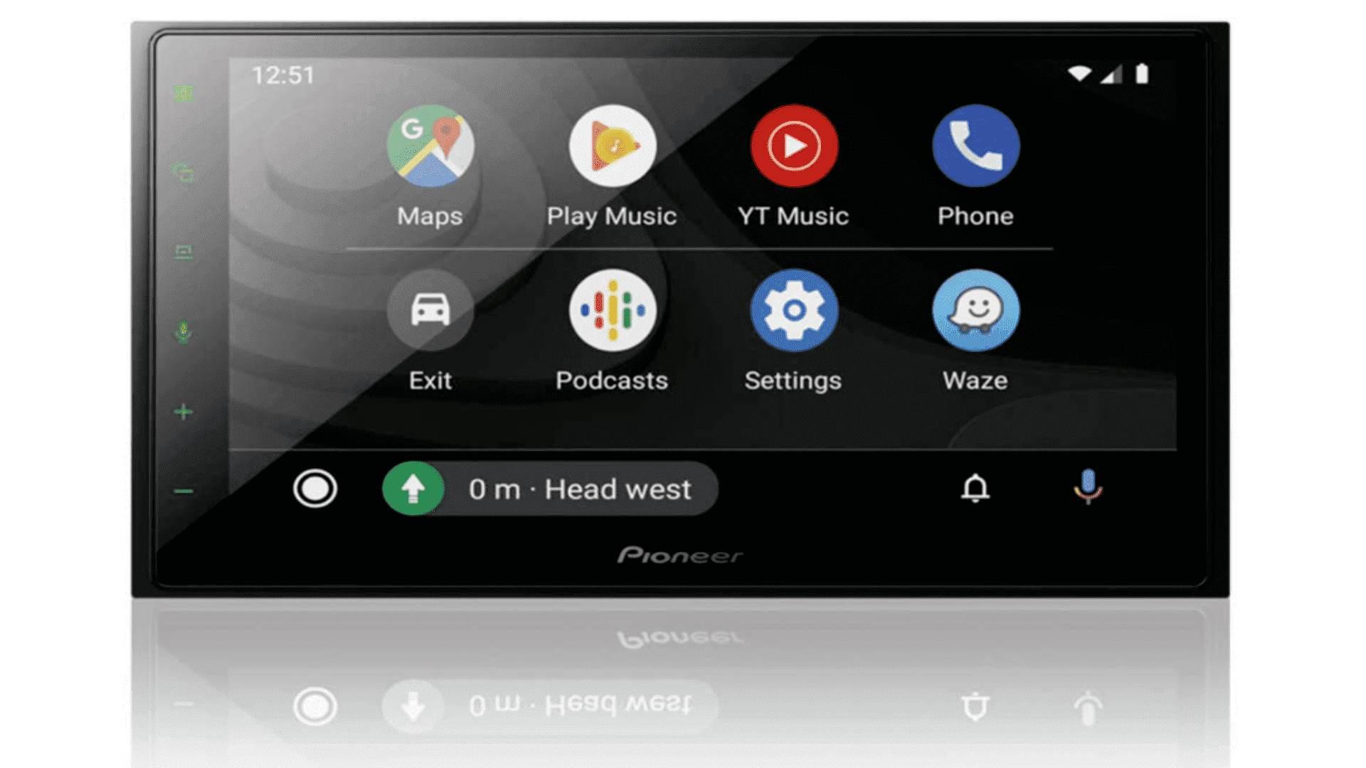 Imagem mostra Automotiva Pioneer 7 DMH-Z5380, que possui tela de touchscreen e não possui botões