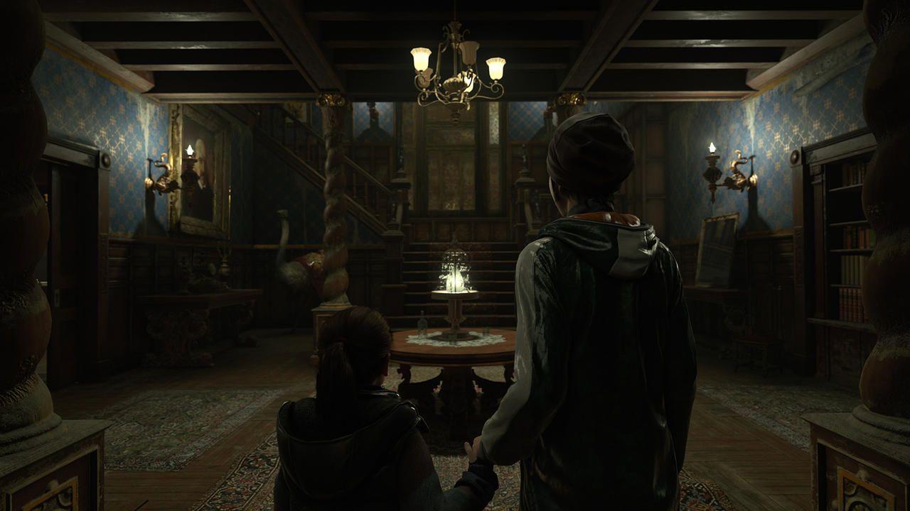 Cena de Detroit Become Human com a android Kara e a menina Alice entrando em uma casa antiga