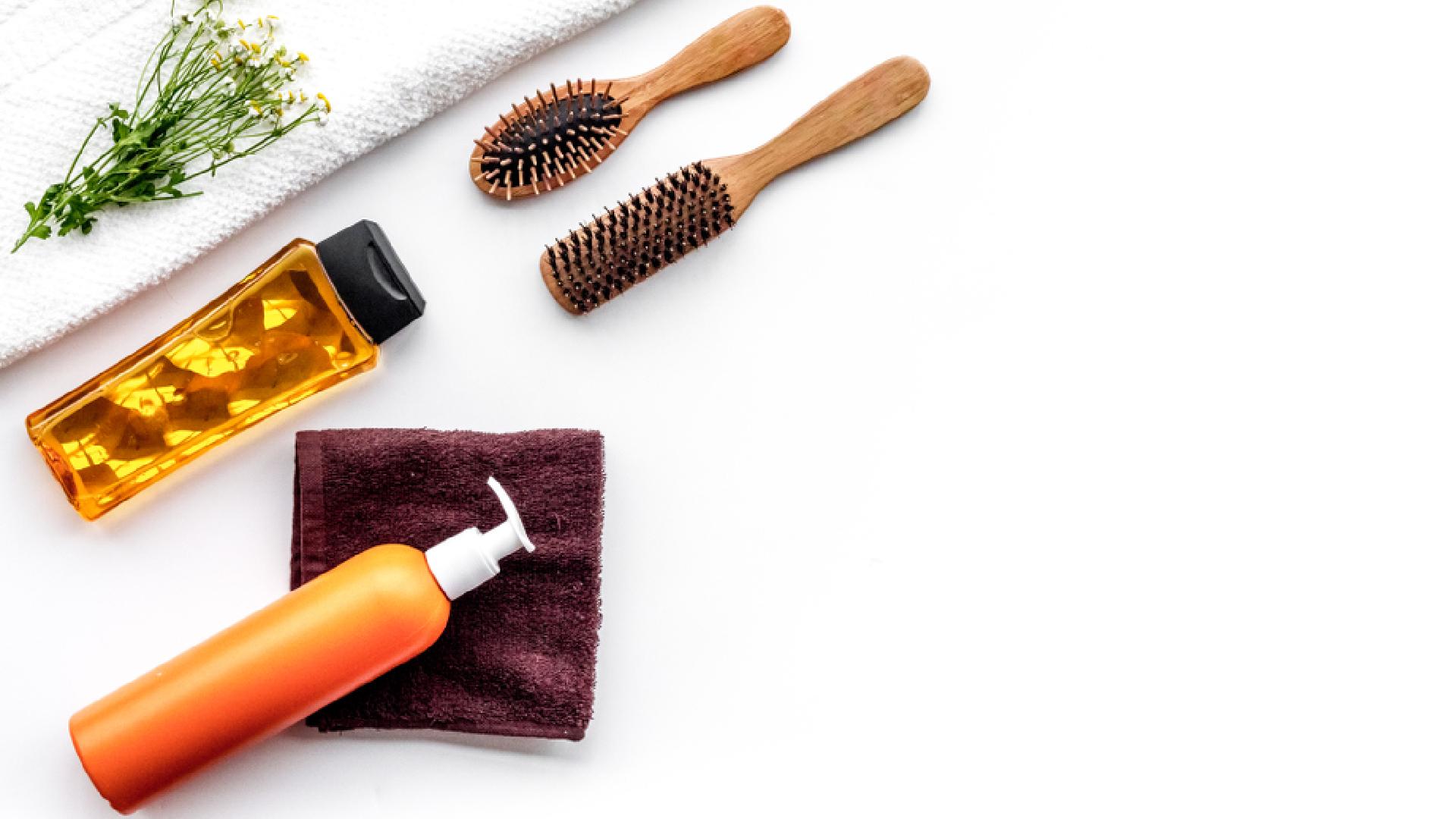 Já sabe quais os erros que comprometem a saúde do cabelo? (Imagem: Reprodução/Shutterstock)