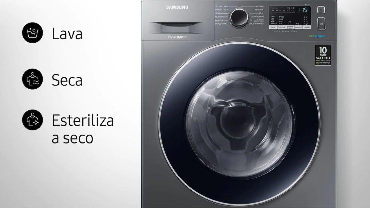 """Lava e seca Samsung WD4000 de inox em fundo branco com os escritos """"Lava"""", """"Seca"""" e """"Esteriliza a seco"""" ao lado"""