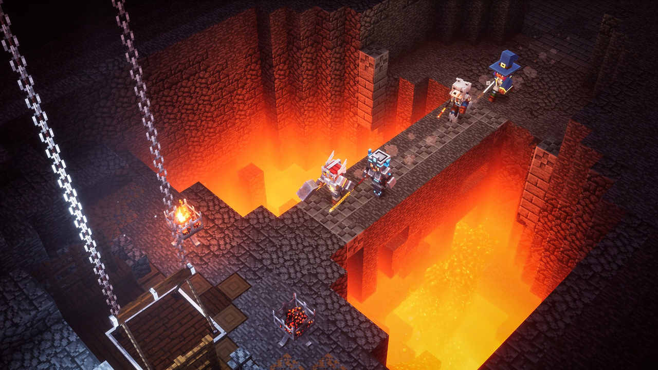 Quatro heróis de Minecraft Dungeons atravessam um pedaço de terra estreito sobre um abismo de lava dentro de uma caverna