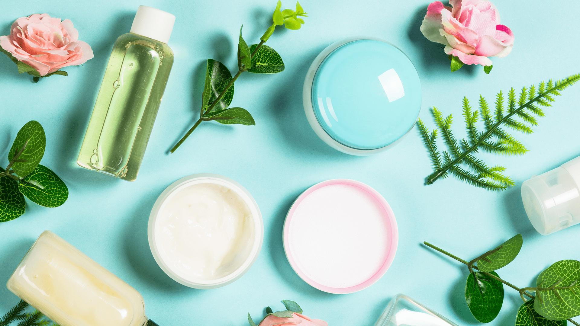 Entenda o que é e como fazer skincare (Imagem: Reprodução/Shutterstock)