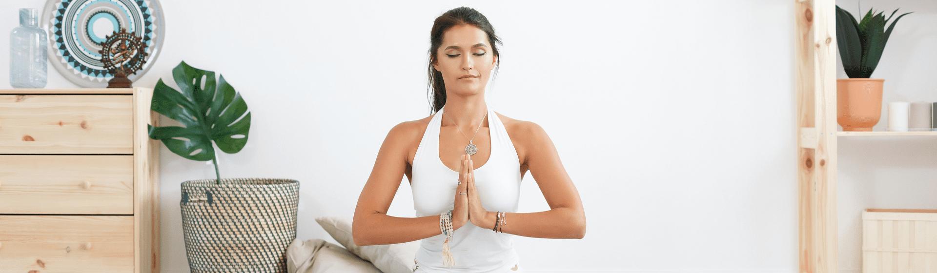 Yoga em casa: o que você precisa ter para começar a prática