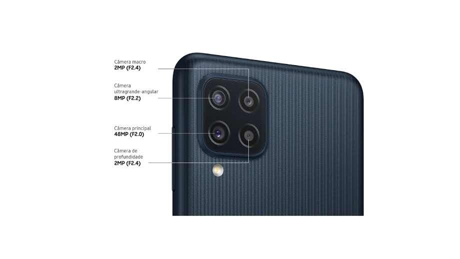 Foto da traseira do Galaxy M22 com foco nas câmeras