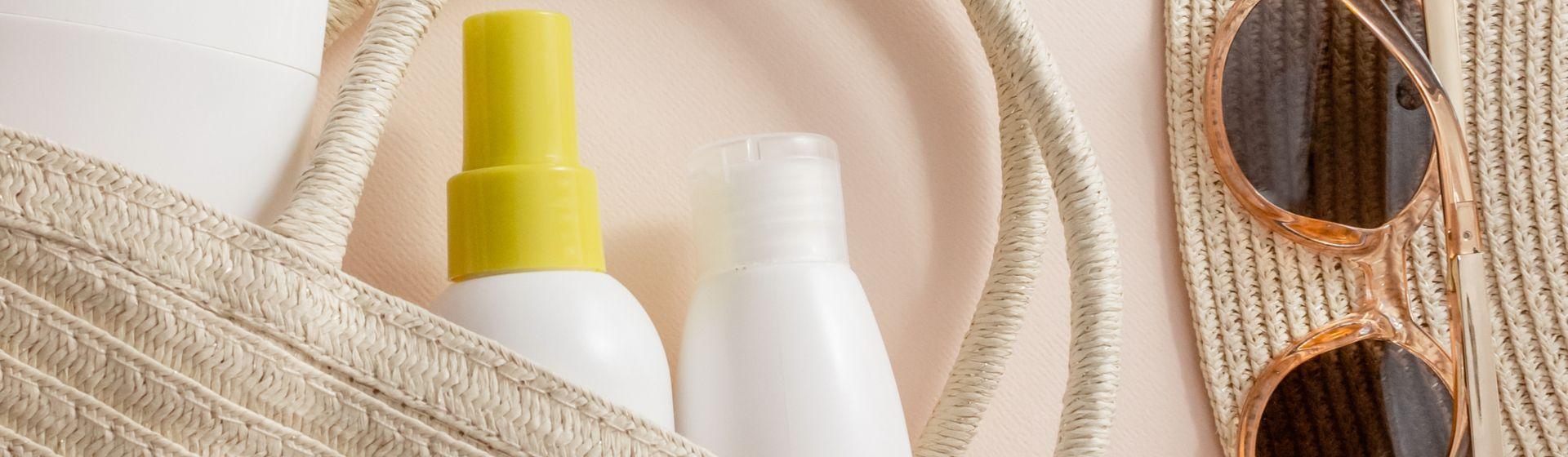10 produtos que você precisa ter na sua nécessaire de verão, de acordo com a nossa editora de beleza
